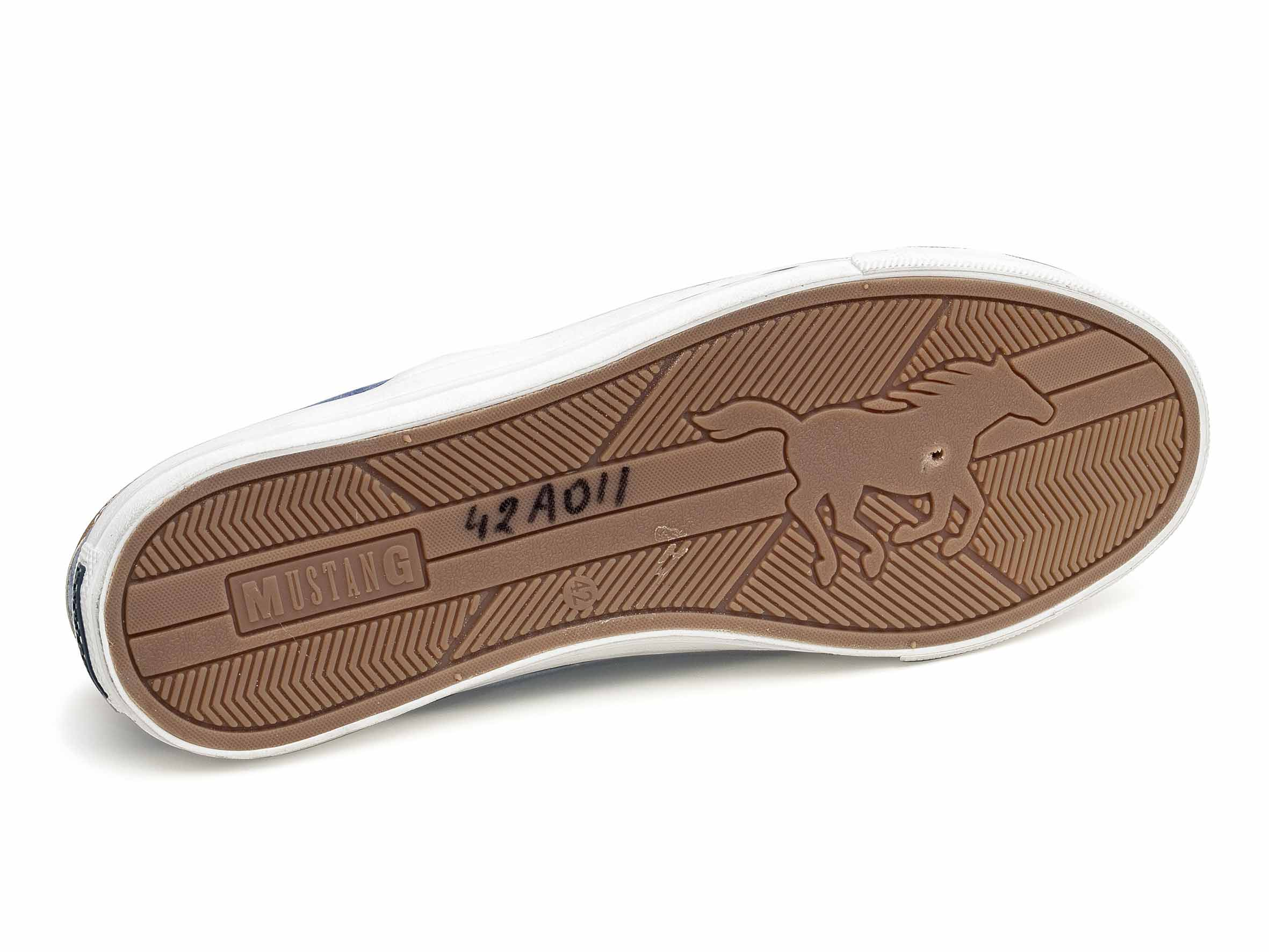 Tornacipő férfi Mustang 42A-011 (4127-401-800) mustang shoes cdf0f8a4d7